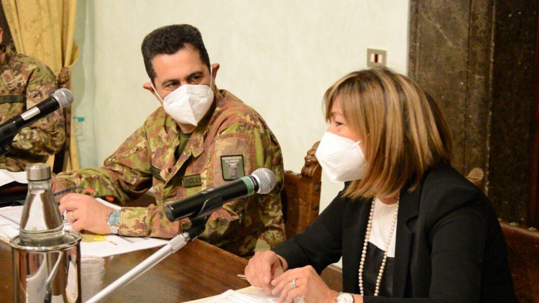 Il generale Francesco Paolo Figliuolo con la presidente Tesei