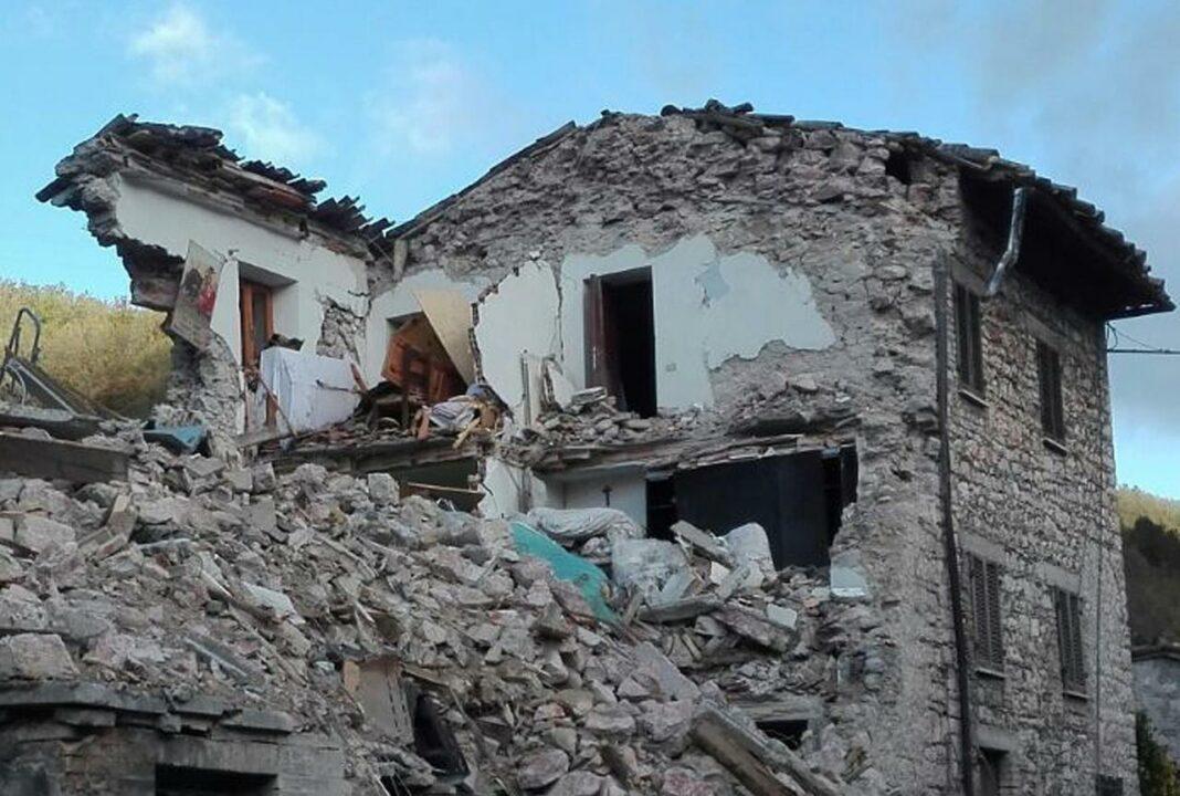 Una casa distrutta in Valnerina