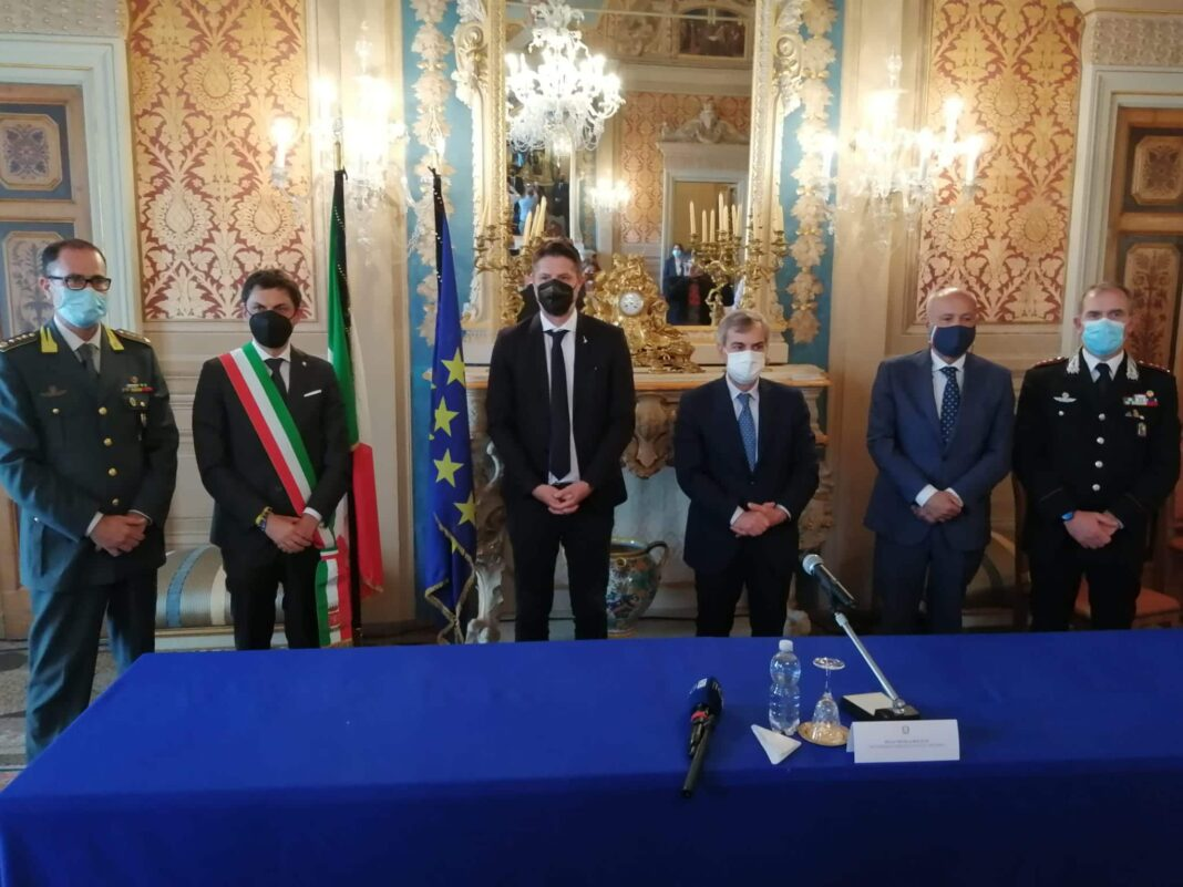 La conferenza stampa in prefettura a Perugia