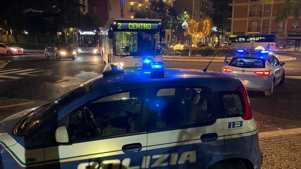 Volanti della Polizia a Terni