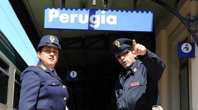 Agenti alla stazione di Perugia