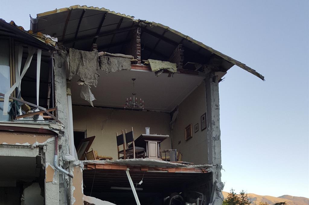 Una casa a Norcia dopo il sisma