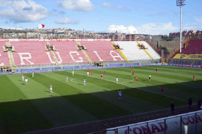 Lo stadio Curi
