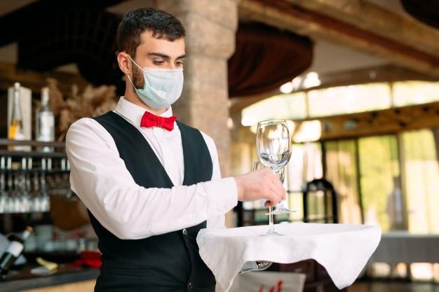 Un cameriere